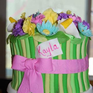 Flower Bouquet Cake & Cupcakes