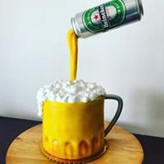 BEER MUG CAKE - Cake by GiggleBellies