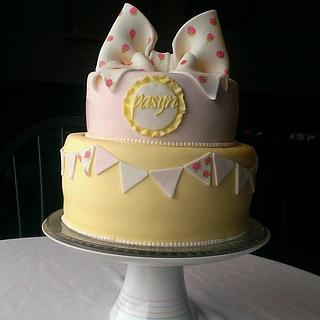 vintage bow & bunting