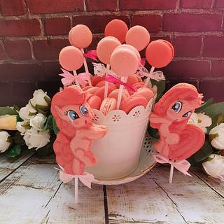 My little pony macarons set
