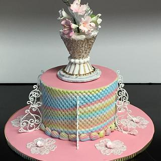 Cast sugar vase topper - Cake by Patricia M