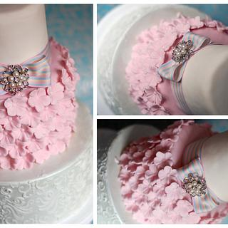 Something  Blue and Pink  - Cake by Boutique Cookies Cakes