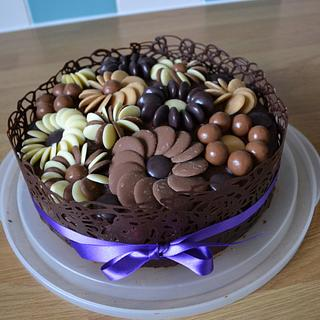 Chocolate flowers cake - Cake by Laura Galloway
