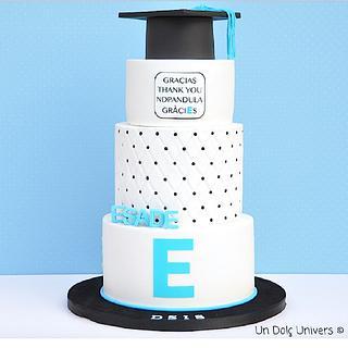 Corporative Graduation Cake - Cake by Undolcunivers