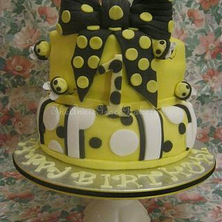'Bumble-Bee' 1st Birthday Cake. - Cake by The Annie Grace Bakery