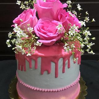 Pink n white cake - Cake by Flavoursofjoy