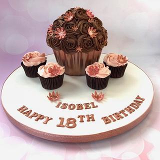 Rose Gold Giant Cupcake & Cupcakes