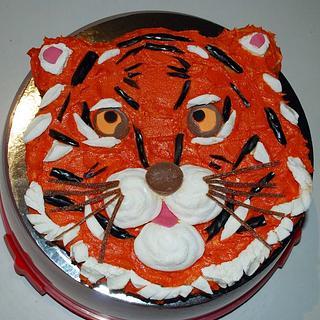 Buttercream Tiger Cake