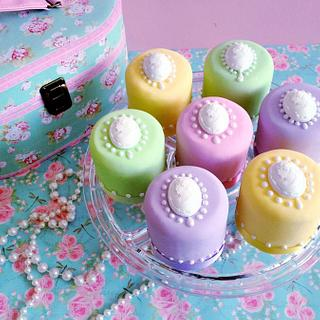 Mini Cameo Cakes in candy shades