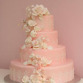 white roses and pink soft cake