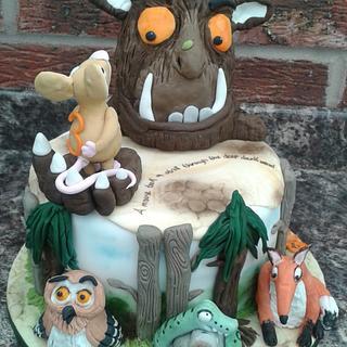 The Gruffalo cake - 'A mouse took a stroll through the deep dark wood'