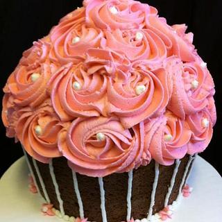 1st Birthday Giant Cupcake - Cake by cakesbymary