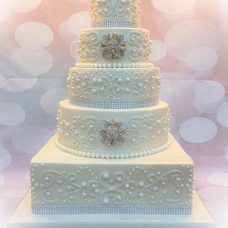 Diamonds and Pearls Wedding Cake