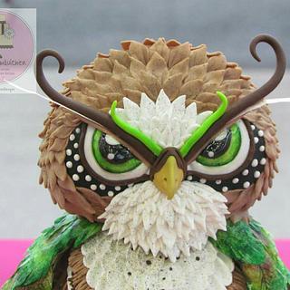 3D freestyle owl cake