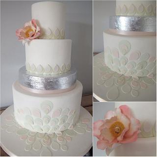 Silver leaf & Julia Rose Wedding cake