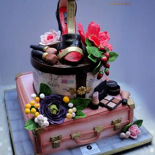 suitcases fancy cake