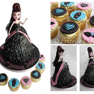 Monster High Draculaura cake and cupcakes  - Cake by Frizellecakes
