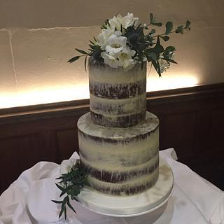 Naked fresh flowers wedding cake