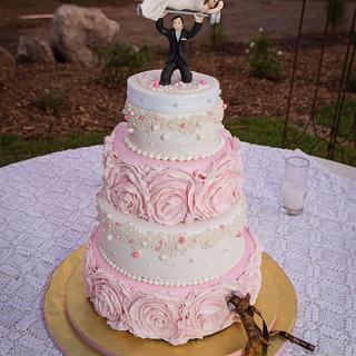 Ribbon Rose Wedding Cake - Cake by Loretta