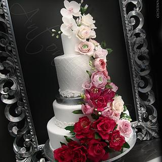 Flower cascade cake in the frame