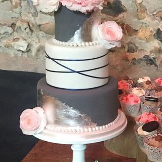 Anthony and Laura's Wedding cake