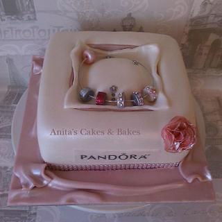 Pandora Charm bracelet cake