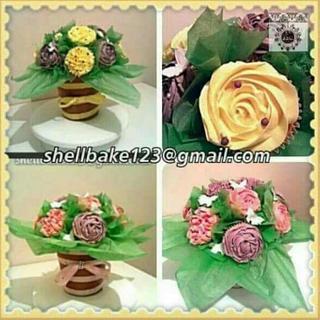 Cupcake plant pots
