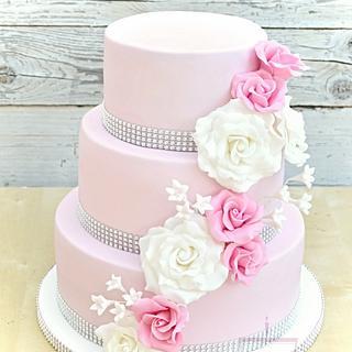 Romantic wedding cake in pink