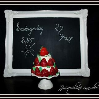 strawberry mini layer cake