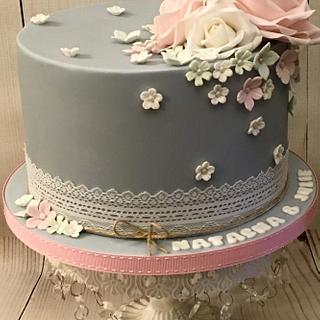 Grey & Pink - Cake by Shereen