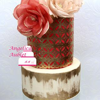 wedding cake red and gold