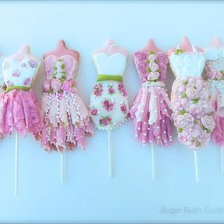 Princess Dress Themed Modelling Chocolate Cookie Pops!