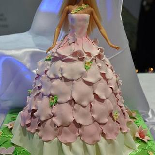 Barbie with an ombre, ruffled petal dress - Cake by Natasha