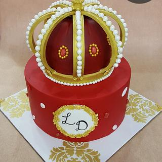 Royal crown cake
