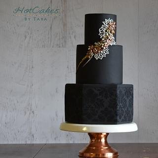 Royal Wedding Cake - Around the World in Sugar