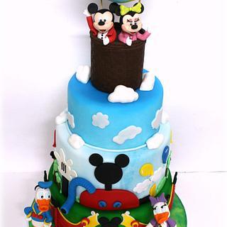 ALL DISNEY!!! - Cake by Lara Costantini
