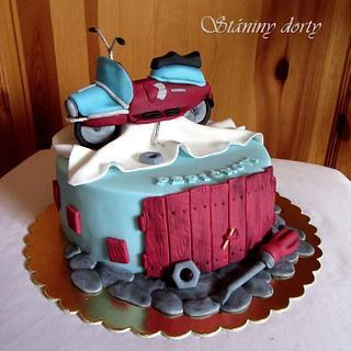 Retro scooter - Cake by Stániny dorty