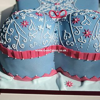 Elegant corset cake for young lady's 18th birthday