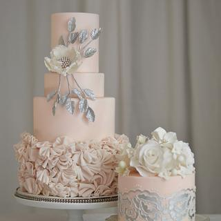 Valentines Cake - Cake by Rebekah Naomi Cake Design