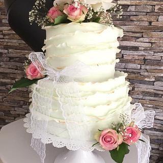 Vintage Weddingcake with roses