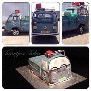 Volkswagen bus cake