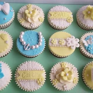Pretty Pearl Vintage Themed Cupcakes