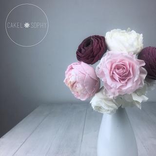Flower Composition: Ranunculus , Rose & Peony