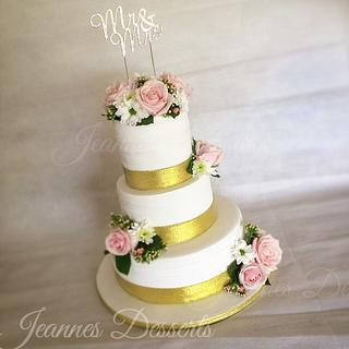 Pink and Gold Themed Wedding Cake