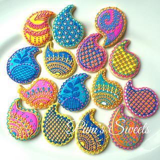 Colorful Henna Cookies