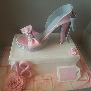 Pink Sugar Shoe Cake - Cake by Zuzkine Dortíky