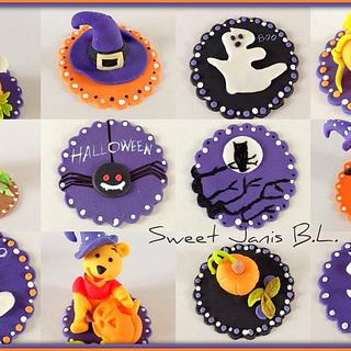 Halloween cupcakes toppers