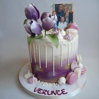 Birthday drip cake