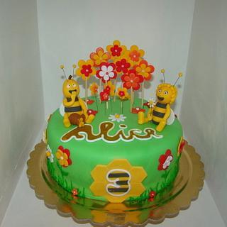 Bee Maia Maya cake - Cake by Le Torte di Mary