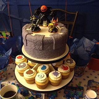 Skylander Cake & Cupcakes
